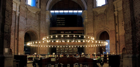 Non-touristy things to do in Madrid. #7 Visit the Biblioteca Escuelas Pías, a church turned into a library.