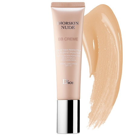 Diorskin nude, A bb cream for a no-makeup makeup look. It provides the benefits of skin care and makeup in a fresh and airy formula. Enhanced with mineralized floral water and a blend of antioxidants, the skin is moisturized, smoothed, protected and corrected with sheer coverage.